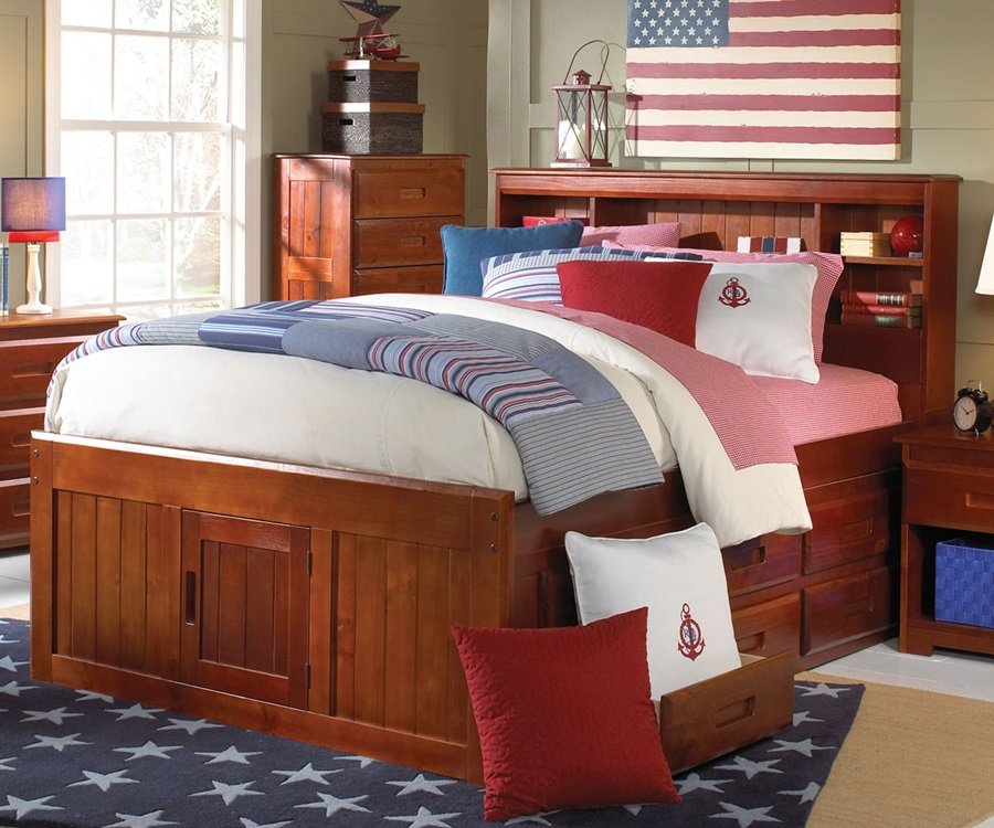Image of: Full Size Captains Bed With Storage