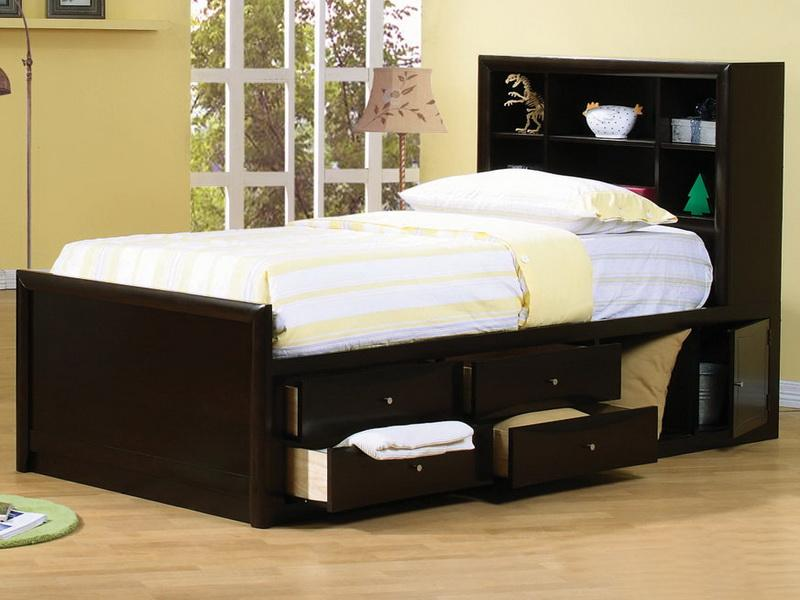 Picture of: Full Storage Bed Set