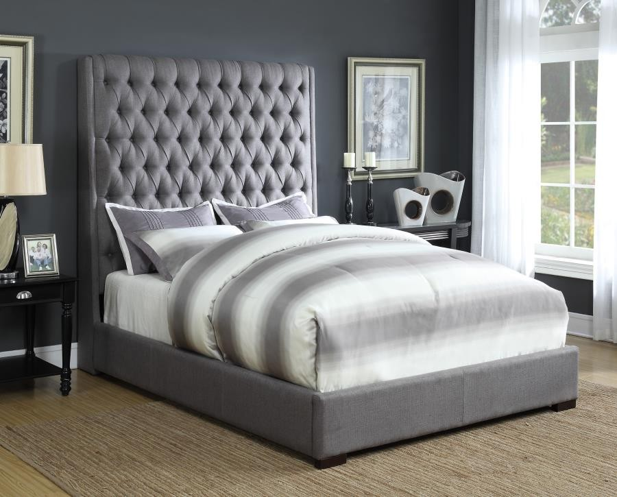 Image of: Heigh Upholstered King Bed With Storage