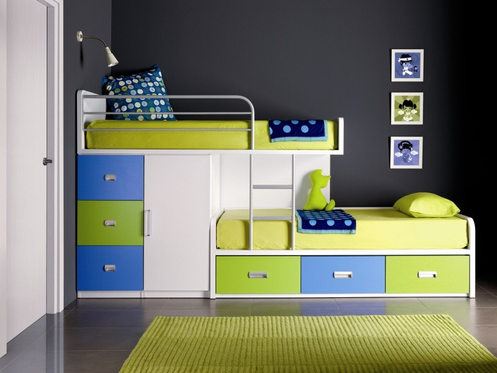 Image of: Kids Loft Bed With Storage and Desk