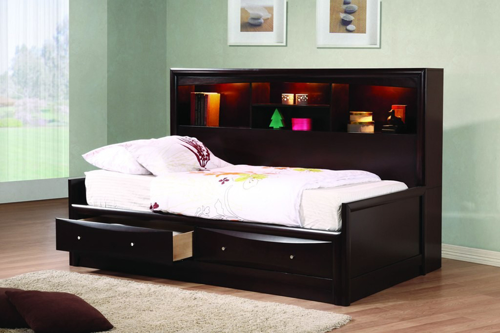 King Beds with Storage Idea