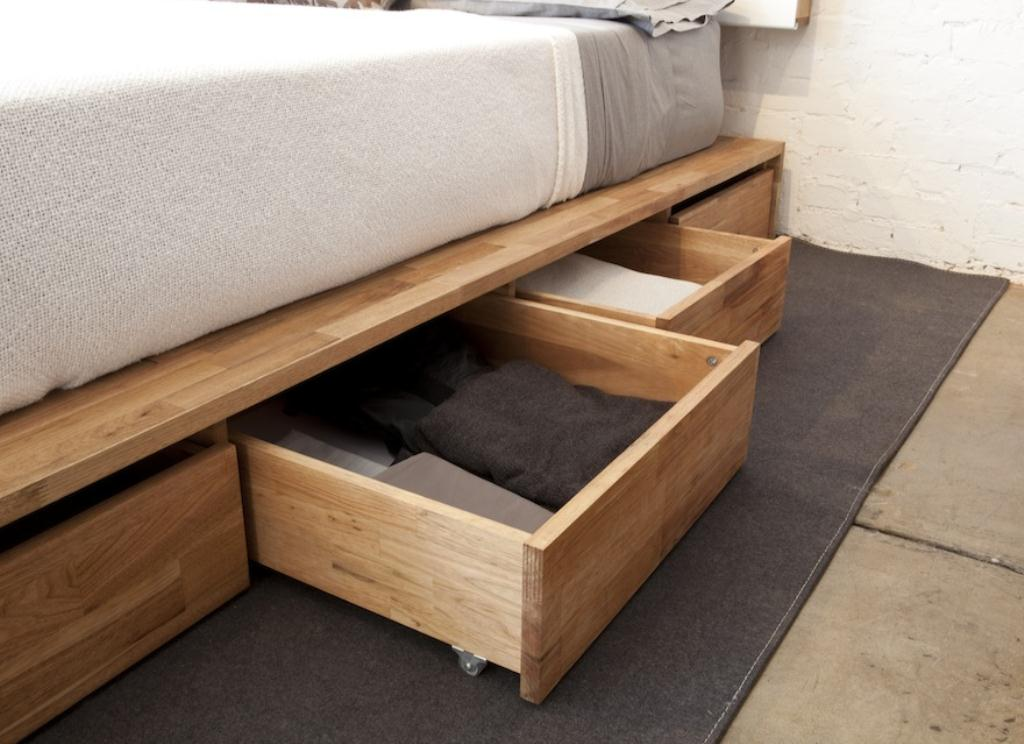 Image of: King Size Platform Storage Bed Plans
