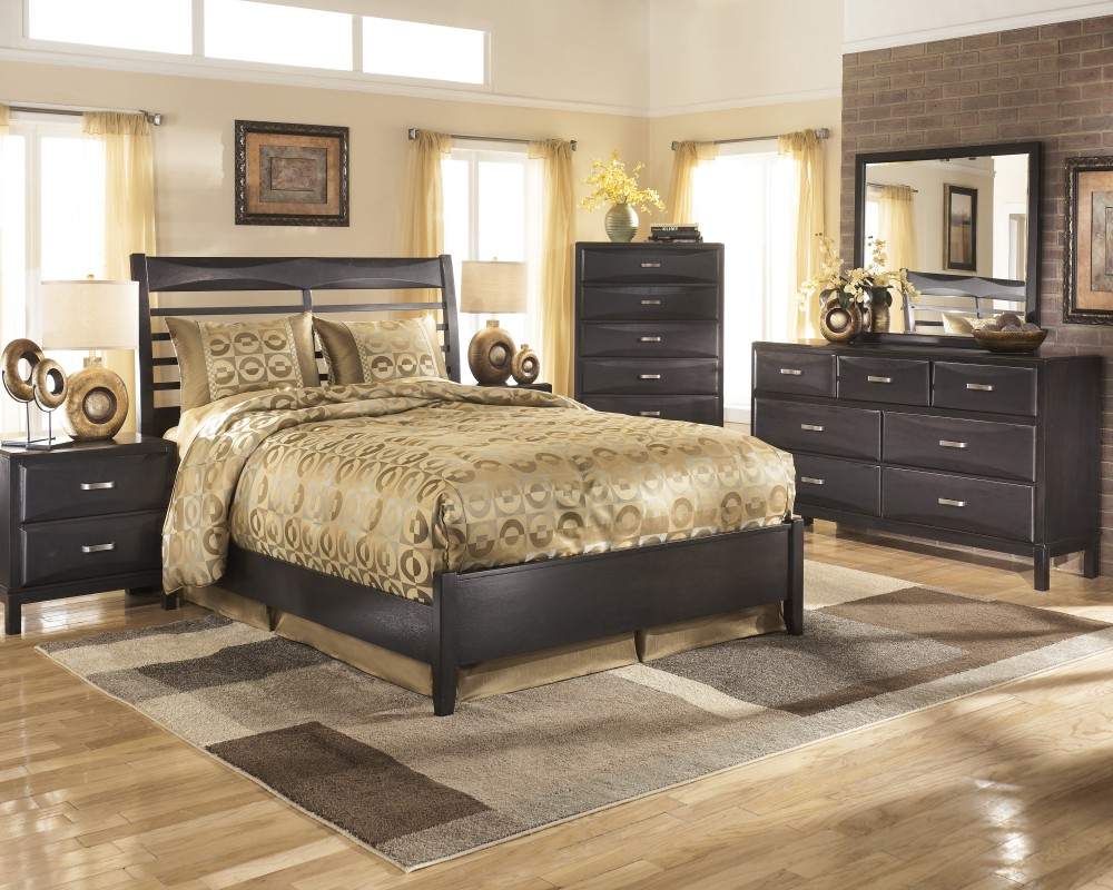 Image of: Kira Queen Storage Bed Plans