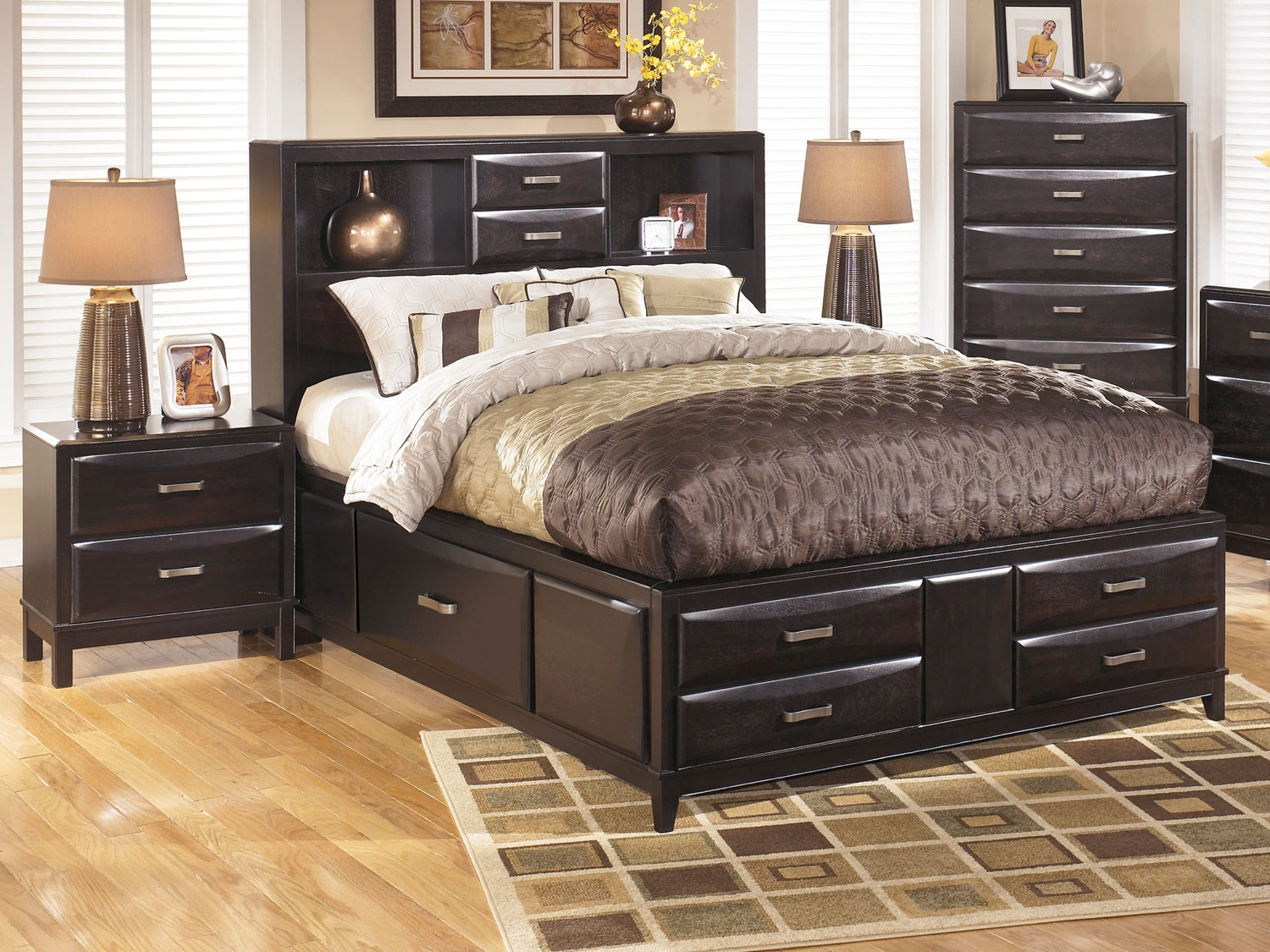 Image of: Kira Queen Storage Bed with Storage