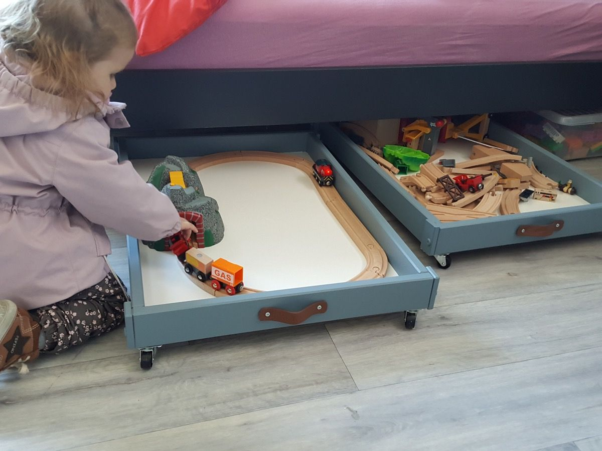 Image of: Modern Under Bed Toy Storage