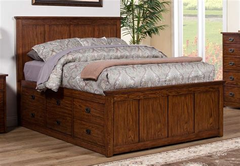 Image of: Oak Cal King Storage Bed