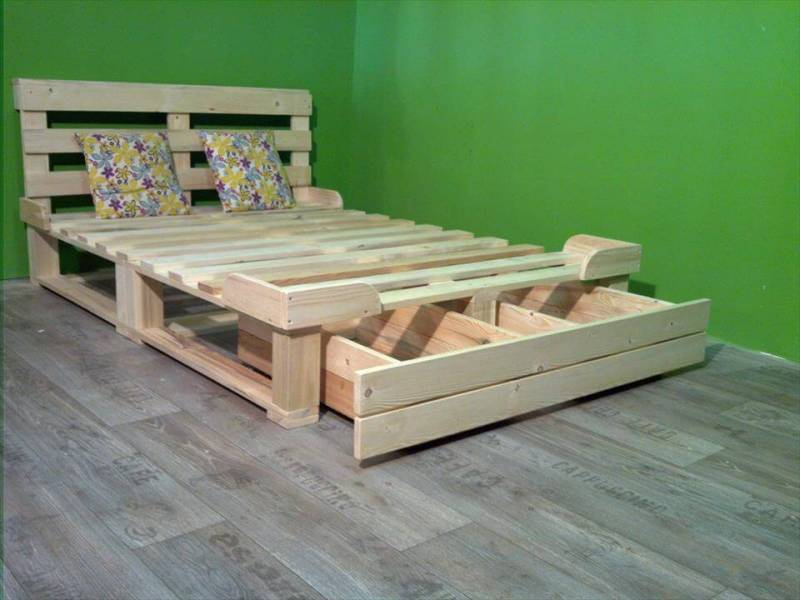 Picture of: Pallet Bed Frame With Storage