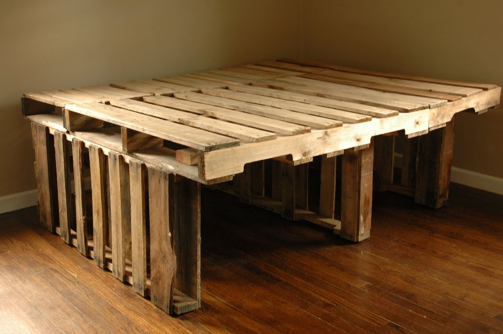 Picture of: Pallet Bed with Storage Plan
