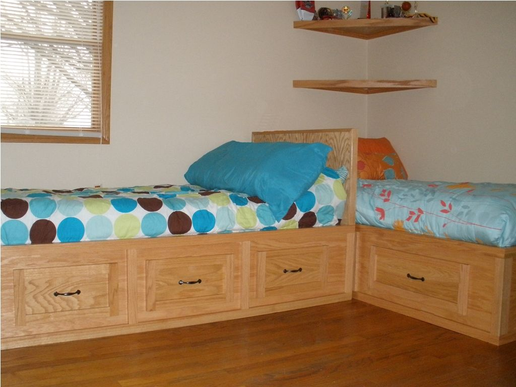 Image of: Plans Corner Storage Bed