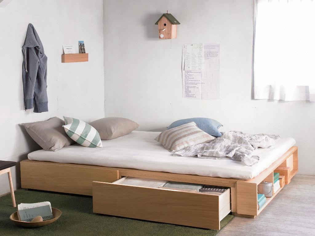 Picture of: Relaxing Twin Xl Bed With Storage