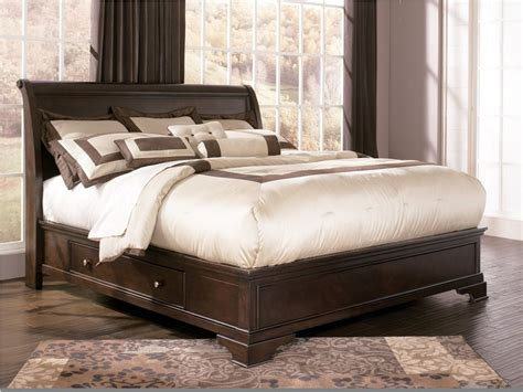 Image of: Simple Ashley Furniture Storage Bed