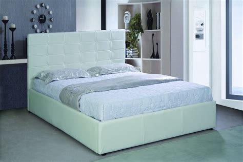 Picture of: Simple White King Storage Bed