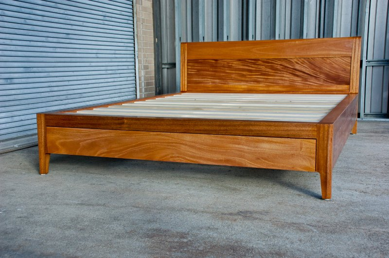 Picture of: Solid Wood Storage Bed Full Size