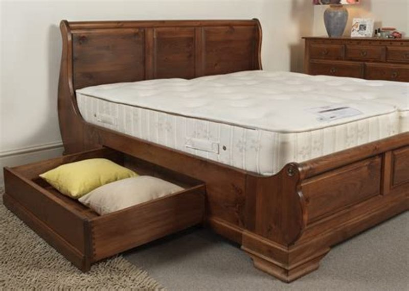 Image of: Solid Wood Storage Bed Queen