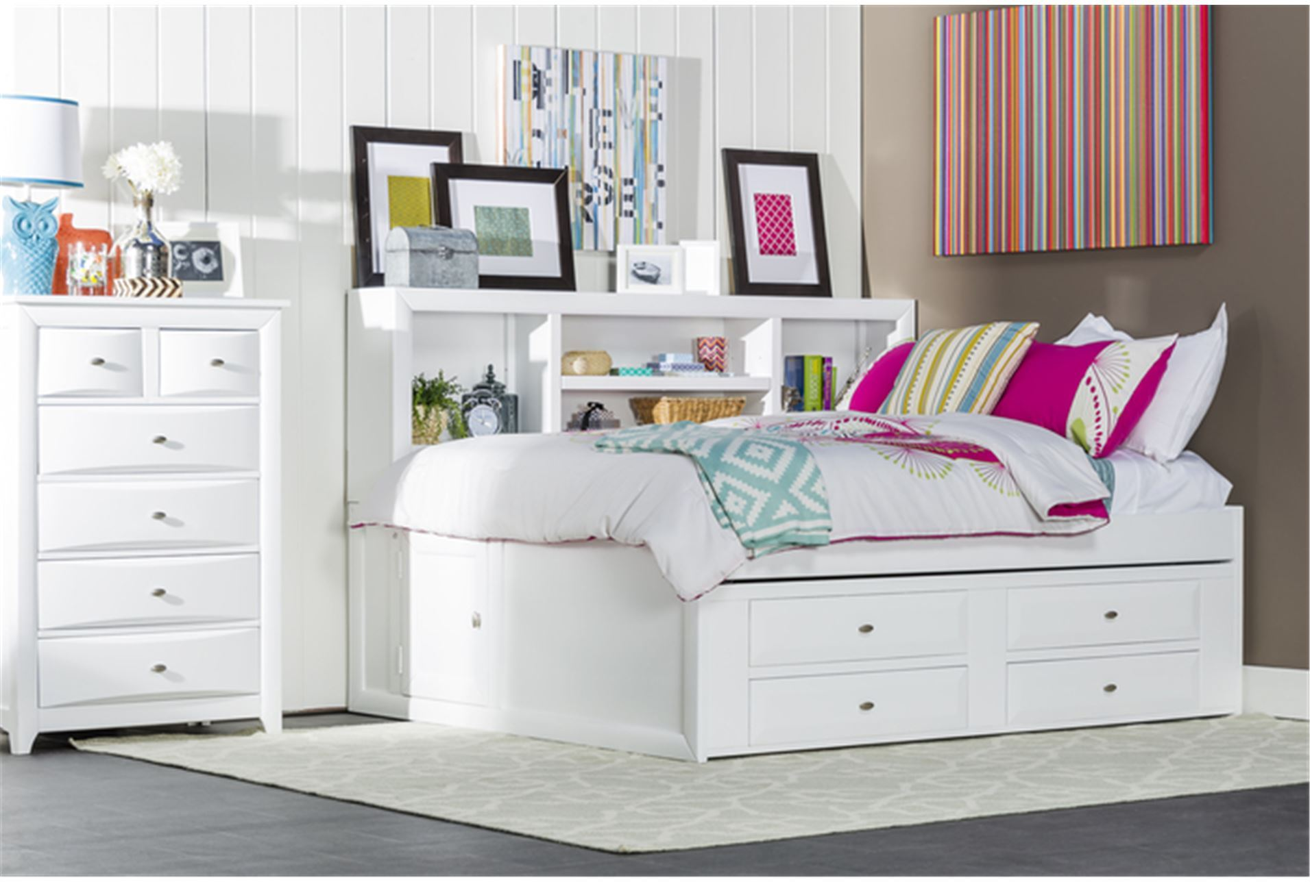 Image of: Trundle Bed With Storage Girls