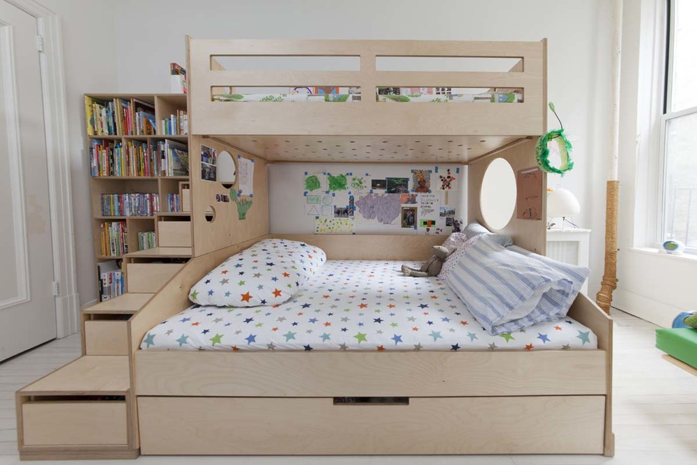 Image of: Twin Bunk Beds With Storage Stairs