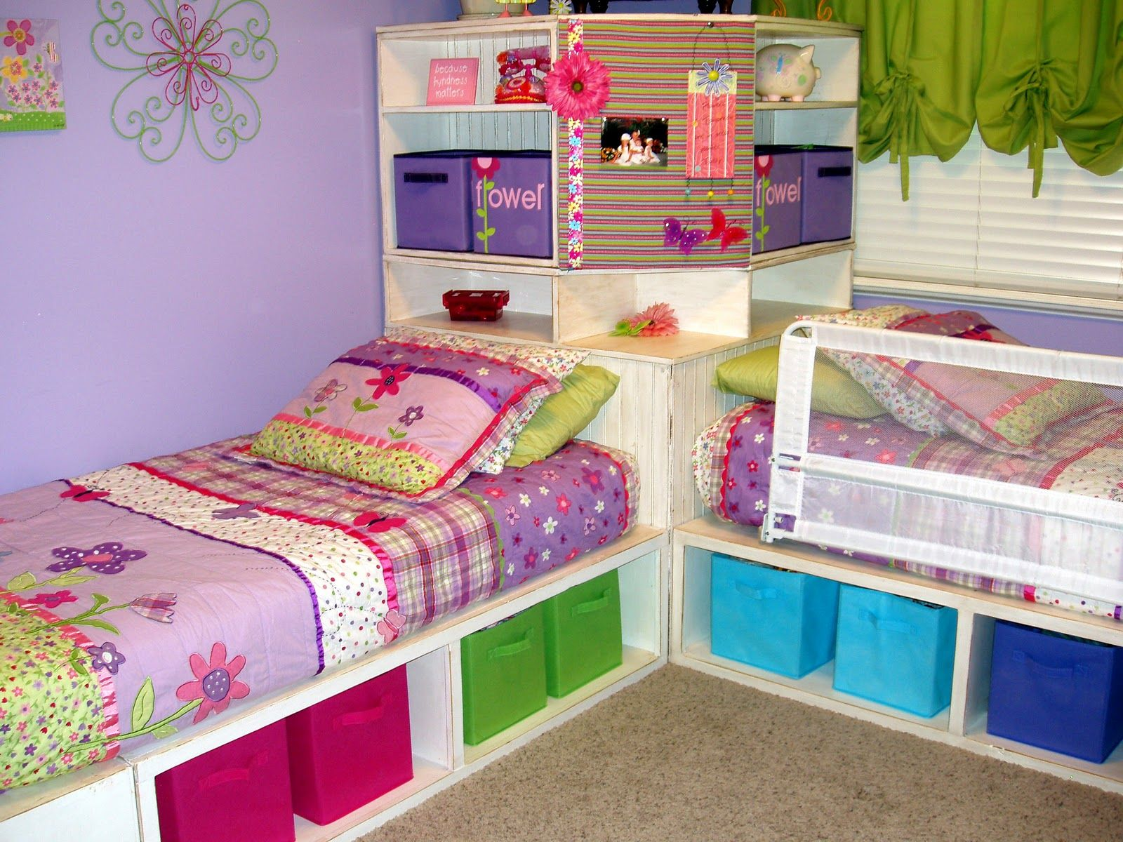Image of: Twin Corner Beds With Storage Designs