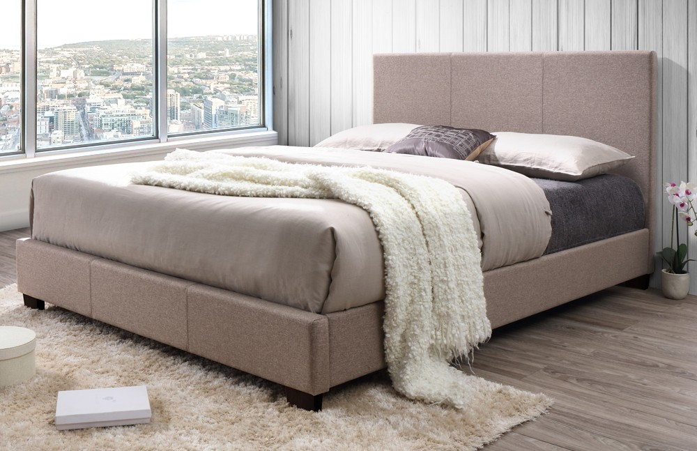 Image of: Upholstered King Bed With Storage Style
