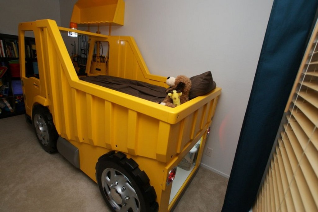 Image of: Waterproof Truck Bed Storage Small