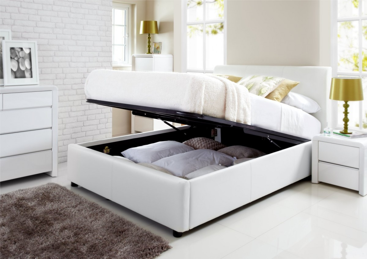 Picture of: White Diy Platform Bed with Storage Plans