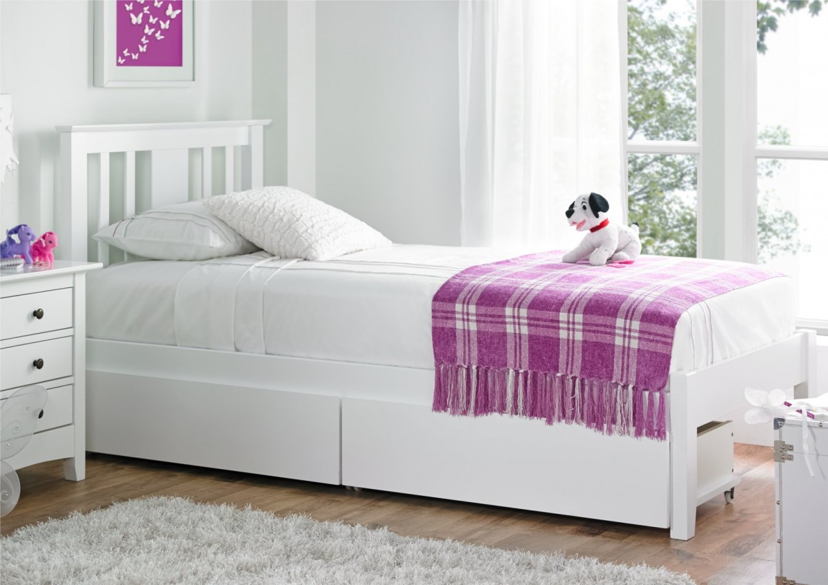 Image of: White Full Beds With Storage