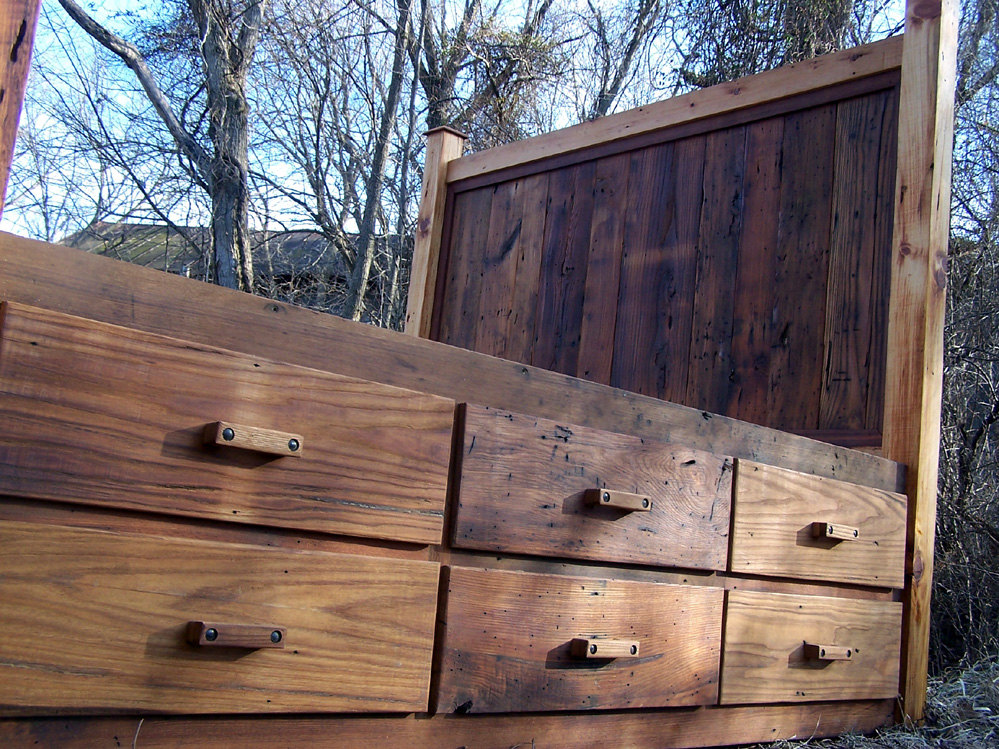12 Drawer Rustic Bed
