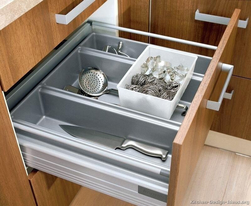 Image of: 8 Inch Deep Drawer Dividers