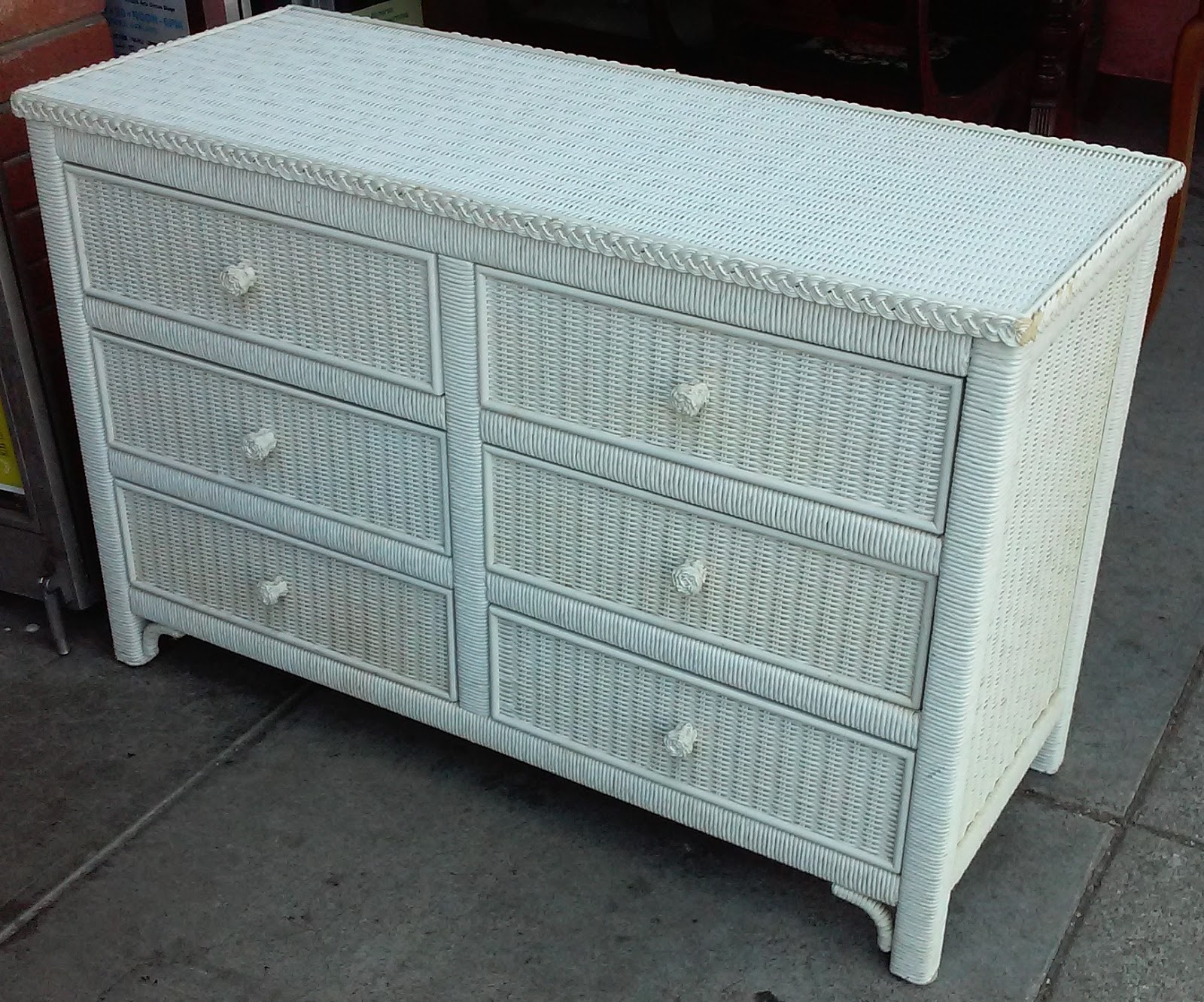 Picture of: Amazing White Wicker 6 Drawer Chest Furniture