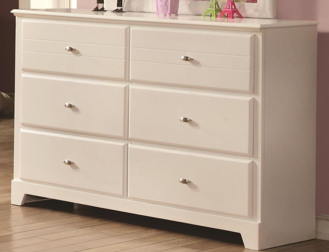 Picture of: Ashton White 6 Drawer Dresser From Coaster