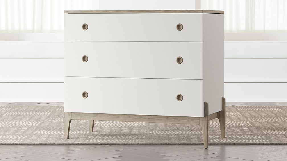 Image of: Awesome White Drawer Chest