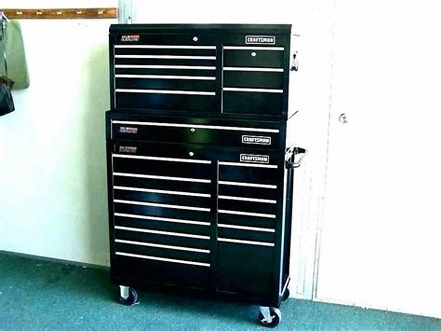 Picture of: Black Craftsman 10 Drawer Tool Chest