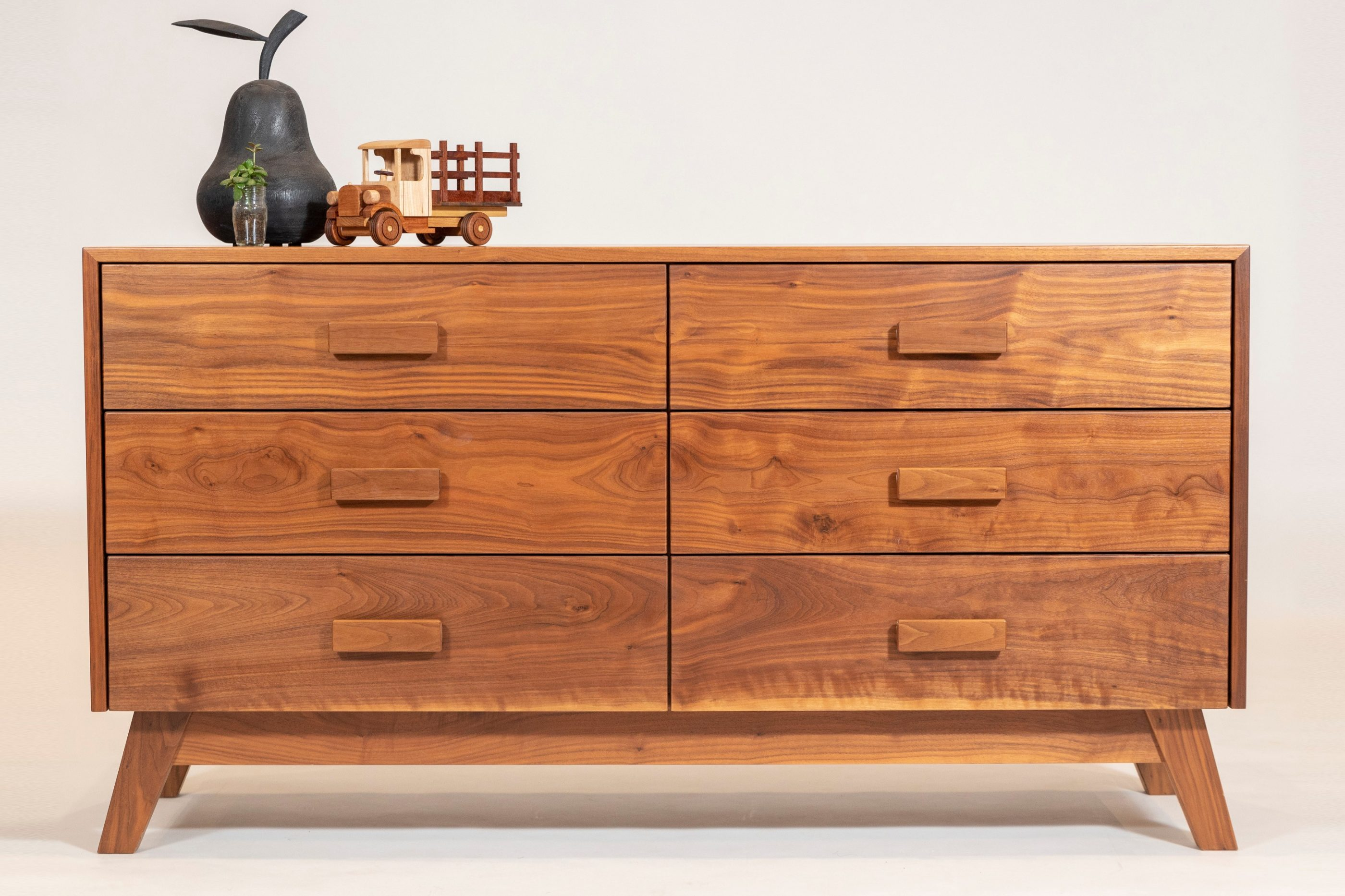 Image of: Chest Drawer King