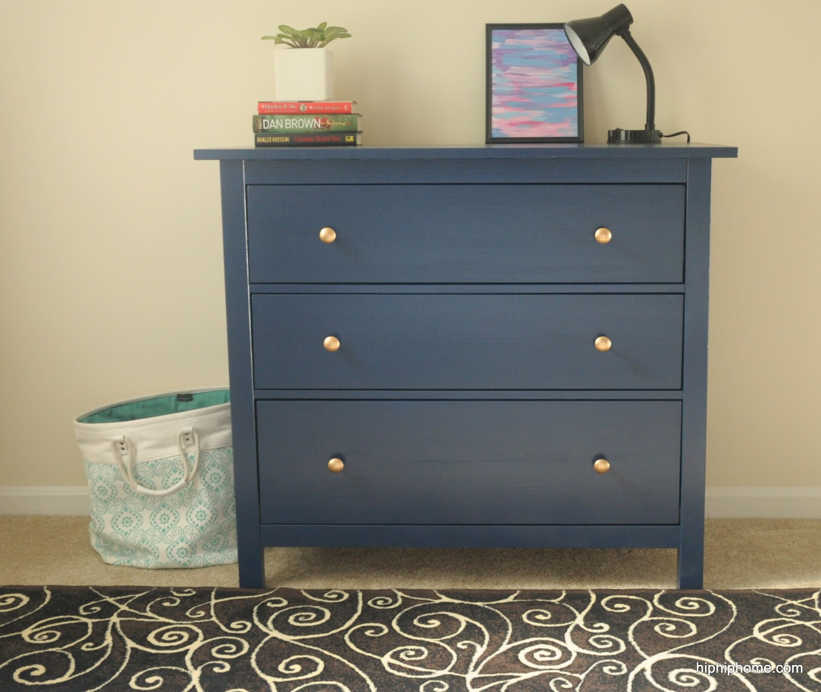 Chest with 6 Drawer