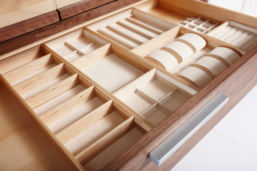 Picture of: Closet Contemporary Drawers Tray Design