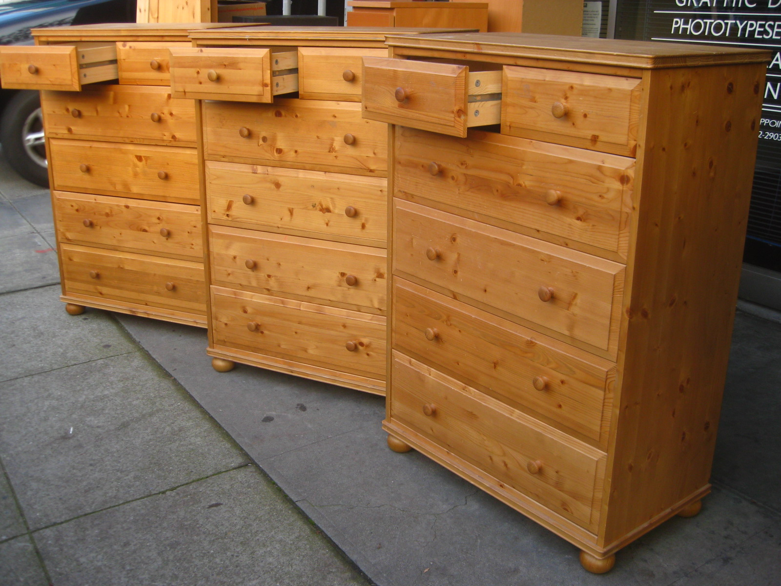Image of: Ikea 7 Drawer Pine Dresser