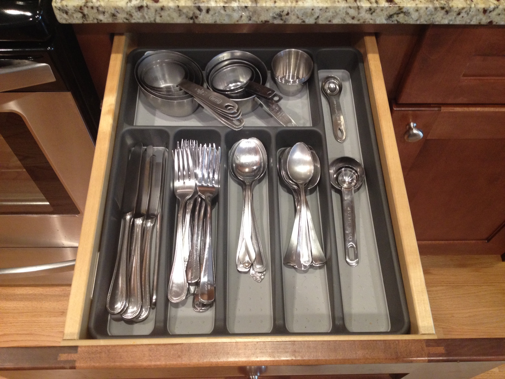 Picture of: Keep Flatware Organizer Drawer Clean