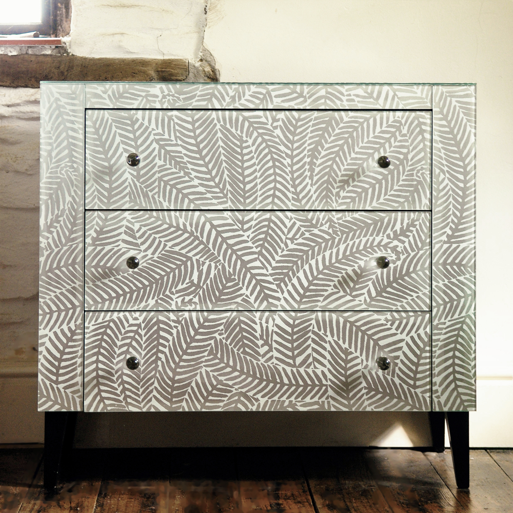 Image of: Luxury Mini Chest of Drawer
