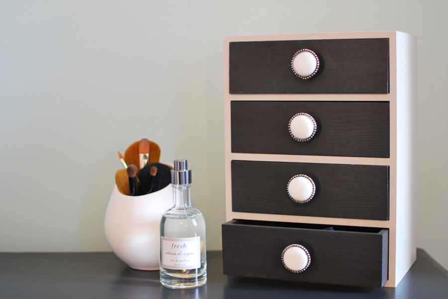 Image of: Modern Mini Chest of Drawer