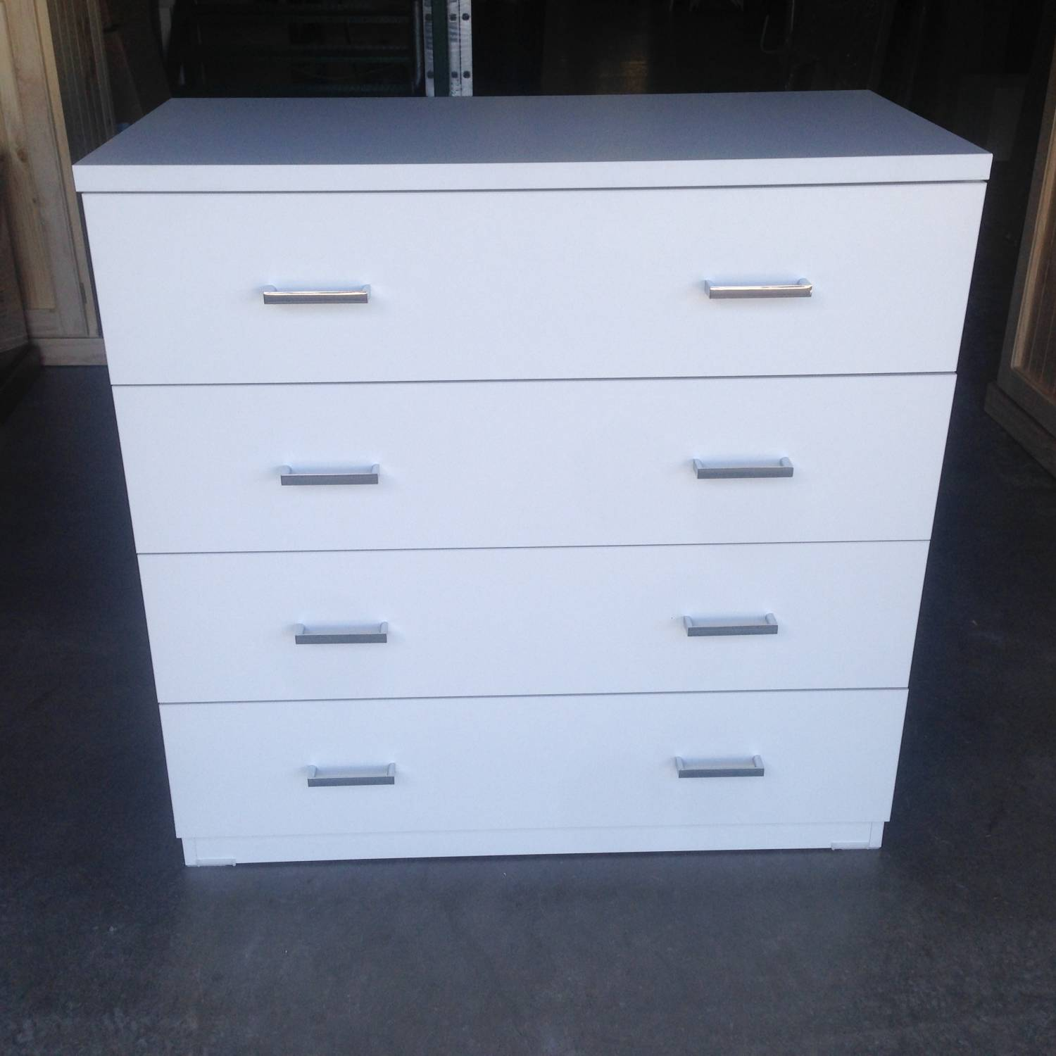 Image of: New 4 Drawer Chest