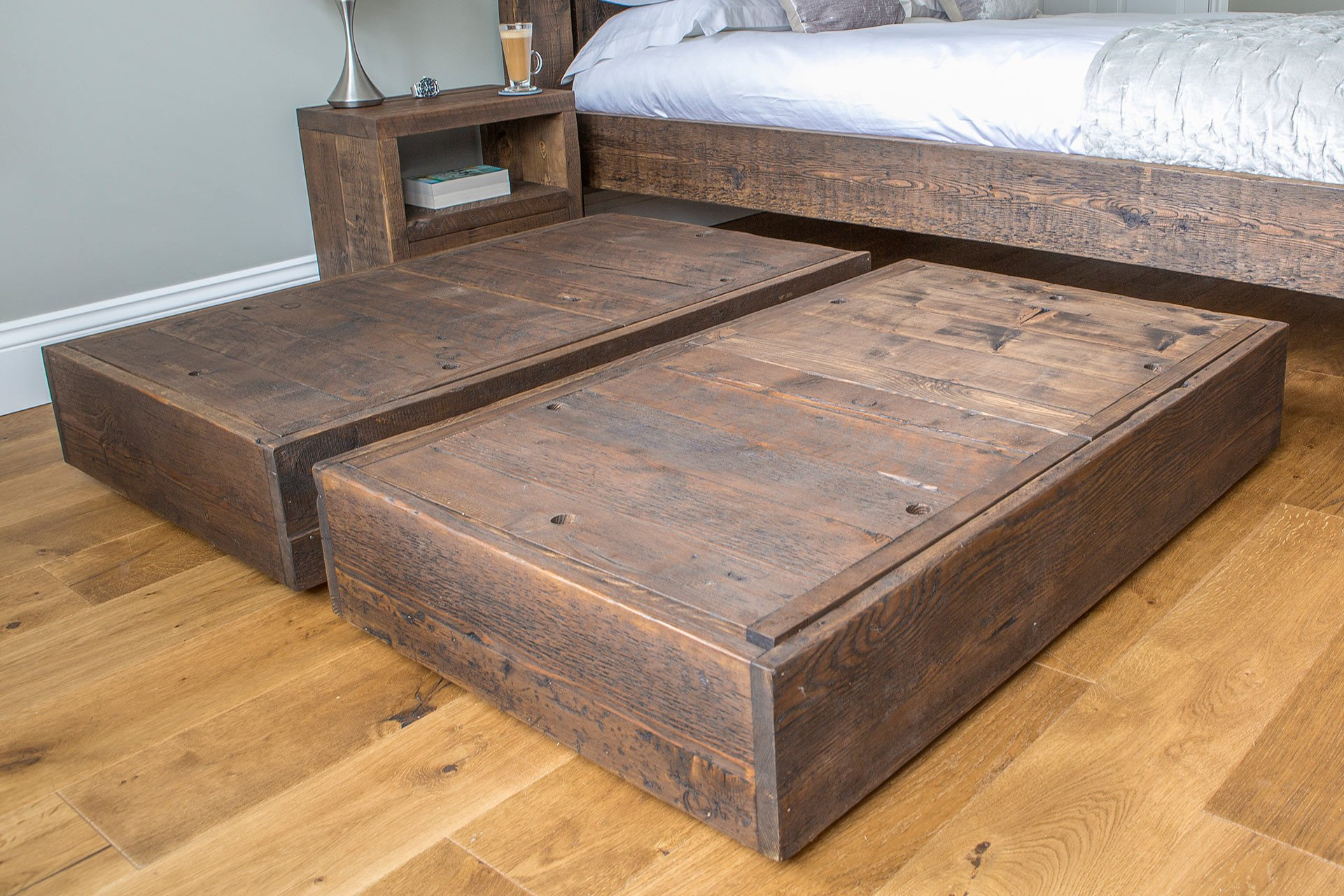 Image of: Reclaimed Wood Under Bed Storage