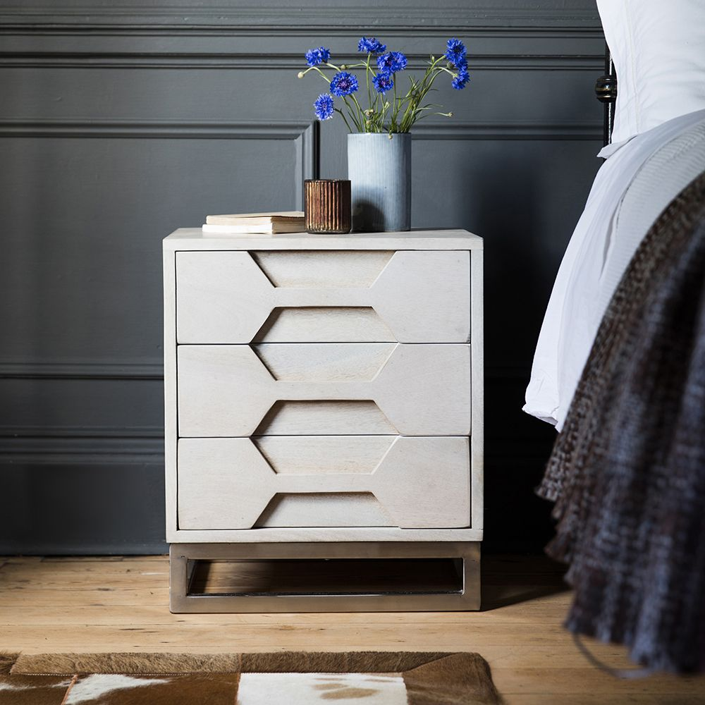 Picture of: Small Chest with Drawer
