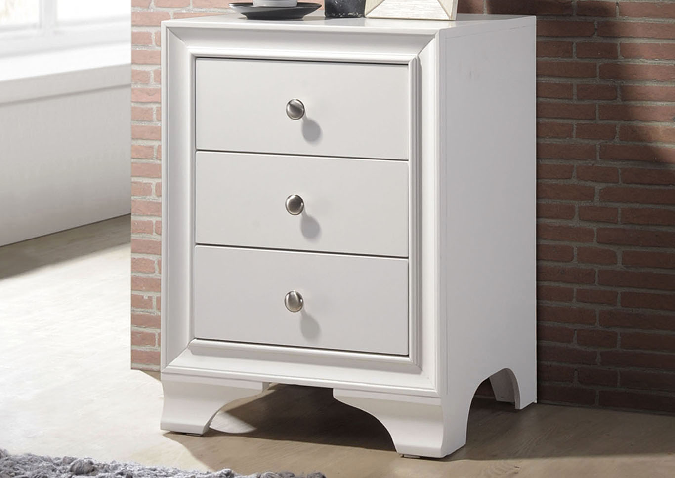 Picture of: Small White 3 Drawer Chest