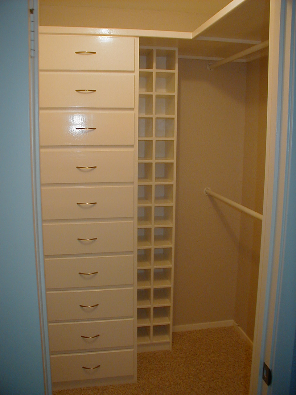 Image of: Tall Closet Drawer Organizer