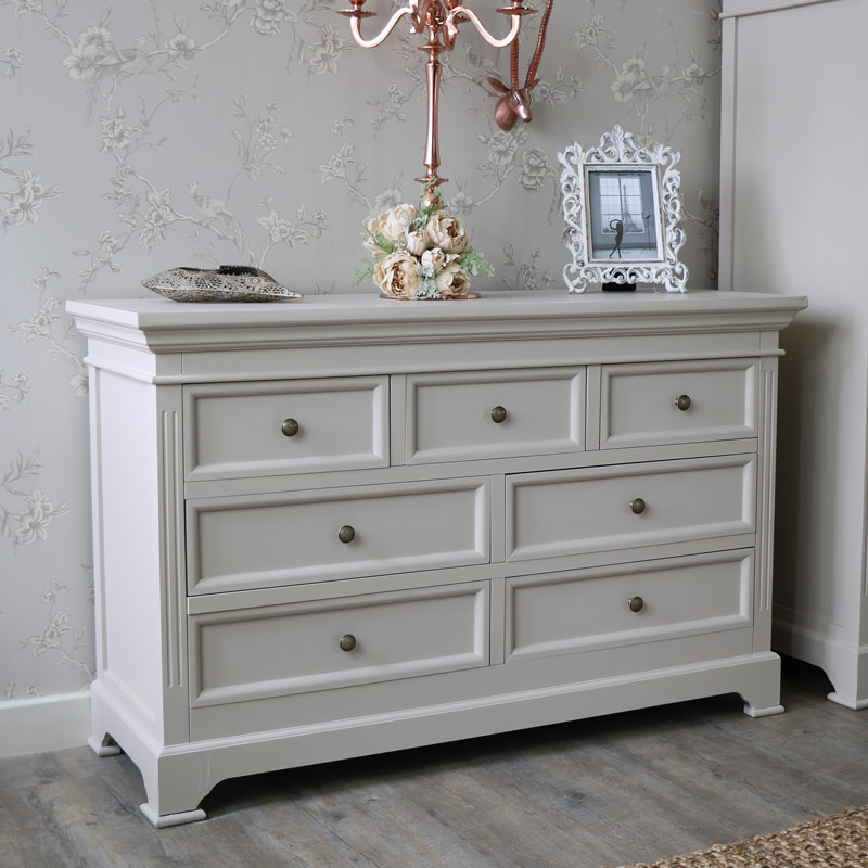 Picture of: White 6 Drawer Chest of Drawers