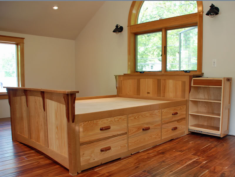 Image of: Wooden 12 Drawer Storage Bed